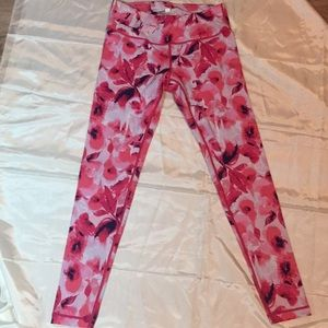 90 degrees by Reflex Leggings. Size small